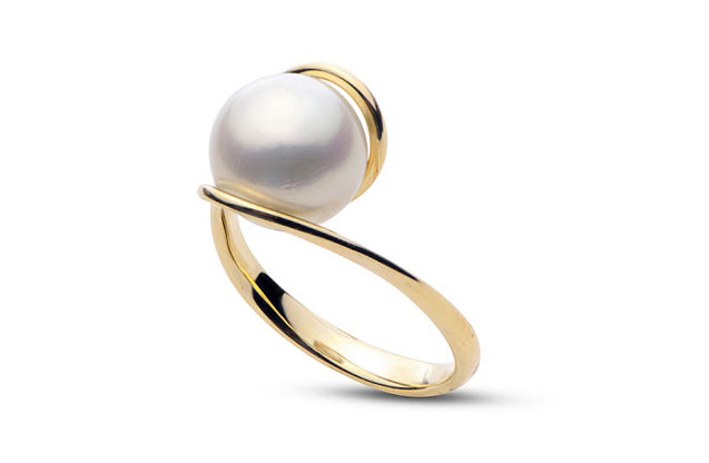 Imperial Pearls - gold-swirl-ring-917197AA.jpg - brand name designer jewelry in Brenham, Texas