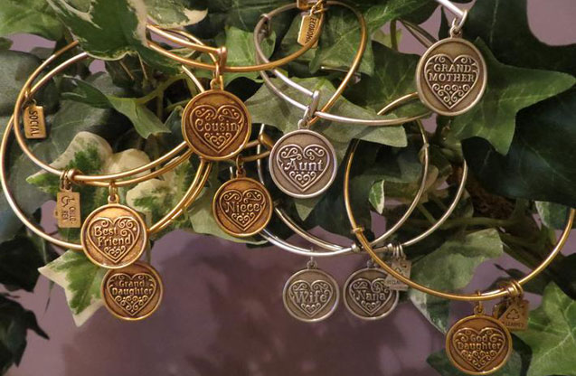 Wind & Fire - wf_c_5.jpg - brand name designer jewelry in Mason, Ohio
